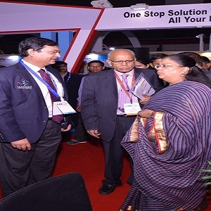 Hon'ble Chief Minister of Rajasthan, Ms. Vasundhara Raje paid a visit to the Samudra LED stall